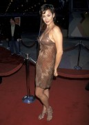 Кэтрин Бэлл, фото 48. Catherine Bell - 'Out of Sight' Premiere 17.6.1998, photo 48