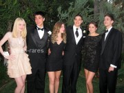 Dakota Fanning / Michael Sheen - Imagenes/Videos de Paparazzi / Estudio/ Eventos etc. - Página 4 Daa527140870805