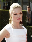 Julia Stiles - 63rd Primetime Creative Arts Emmy Awards at the Nokia Theater in LA 10/09/'11
