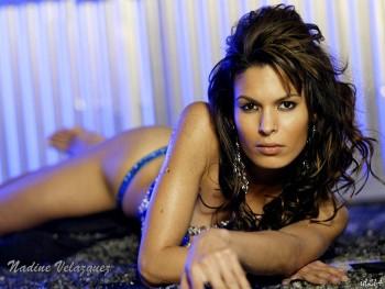 http://thumbnails51.imagebam.com/15106/045826151053363.jpg