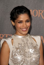 Фрида Пинто, фото 284. Freida Pinto 'Immortals 3D' Los Angeles premiere at Nokia Theatre L.A. Live on November 7, 2011 in Los Angeles, California, foto 284