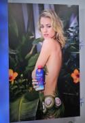 Ивонн Страховски, фото 608. Yvonne Strahovski - Unveiling her Sobe Lifewater Campaign in NY - 10 January, foto 608