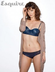 Mary Elizabeth Winstead Belly Post *Misc Post wins Poll*