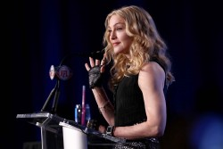Мадонна (Луиза Чикконе Ричи), фото 1175. Madonna (Louise Ciccone Ritchie) Bridgestone Super Bowl XLVI Halftime Show Press Conference - 02.02.2012, foto 1175