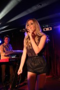 Диана Викерс, фото 729. Diana Vickers performs at the Ruby Lounge, Manchester, England - 08.02.2012, foto 729