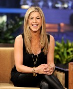 Дженнифер Анистон, фото 8667. Jennifer Aniston On the Tonight Show With Jay Leno in Burbank - February 24, 2012, foto 8667