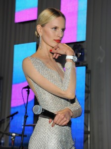 Каролина Куркова, фото 1295. Karolina Kurkova Elton John AIDS Foundation Academy Awards Party in LA, 26.02.2012, foto 1295