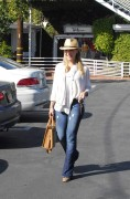 Джули Бенц, фото 1143. Julie Benz leaving Mauros Cafe in Melrose - March 3, 2012, foto 1143