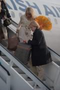 Памела Андерсон, фото 5004. Pamela Anderson arrival at Vienna International Airport, march 4, foto 5004